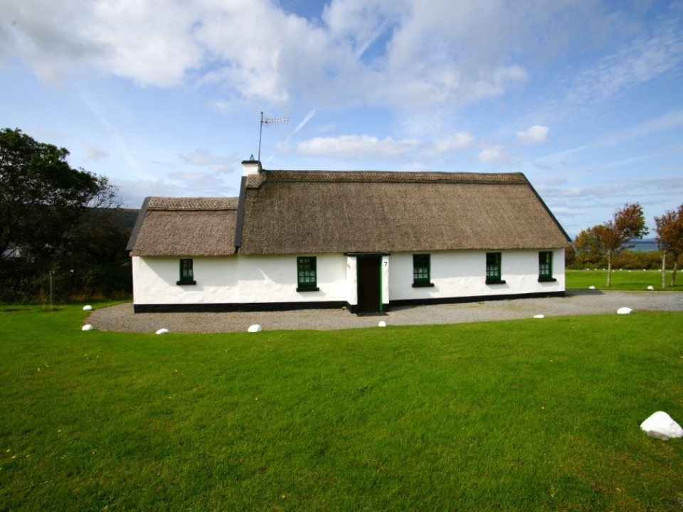 Ballyvaughan Holiday Cottages – 4 Bedroom