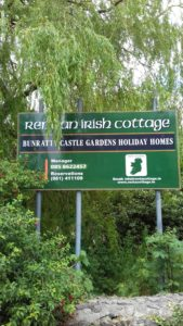 Rent An Irish Cottage Sign
